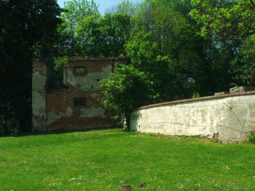 Stary lamus w Bronicach #Bronice #zabytek #zabytki